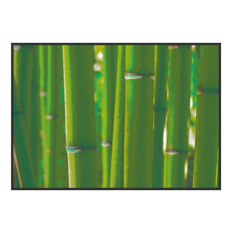 paillasson avec des bambous.